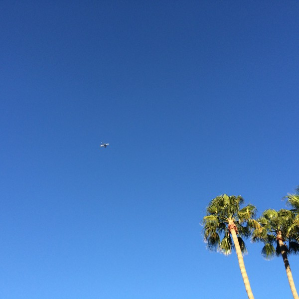 BA289 arrives in Phoenix through an incredibly clear February sky.